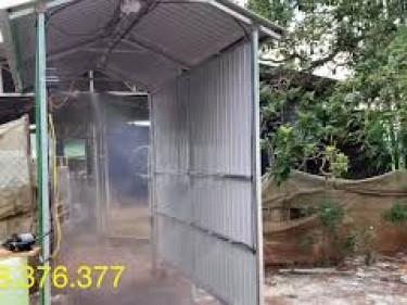 Bộ phun sương tự động dùng khử trùng trang trại heo, lợn - Có gắn cảm biến người và xe qua lại